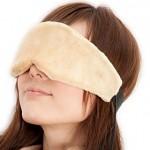 日中に睡眠をとるときはアイマスクが絶対オススメ