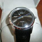 草食系男子に!カルバンクラインの腕時計がシンプルですっきりカッコイイ。