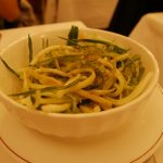 「プンタレッラ」それは苦みがおいしいシャキシャキの青野菜