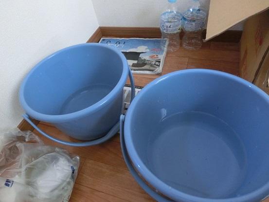 メダカの水替え