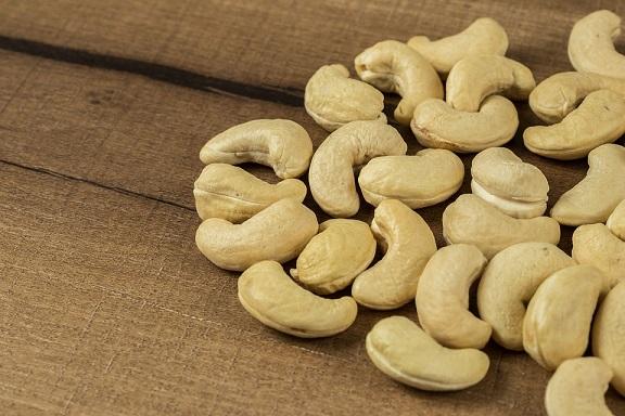 悪玉コレステロールにはナッツが有効