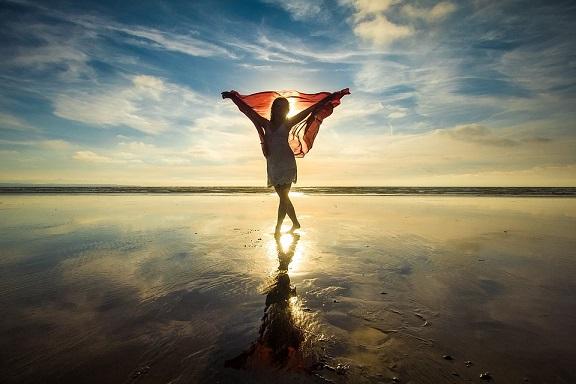 Mr.Children「海にて、心は裸になりたがる」歌詞解釈。素の自分で振舞うことの可能性